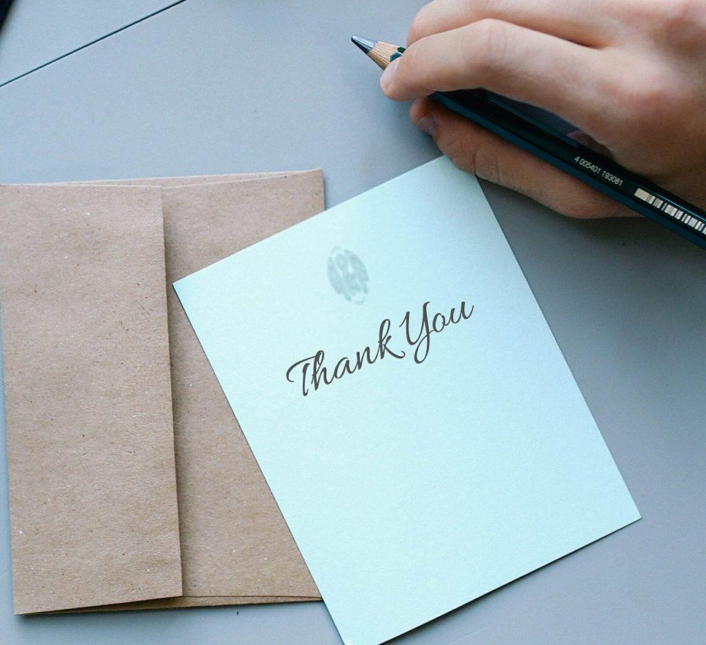 thankyouと書かれた手紙の画像