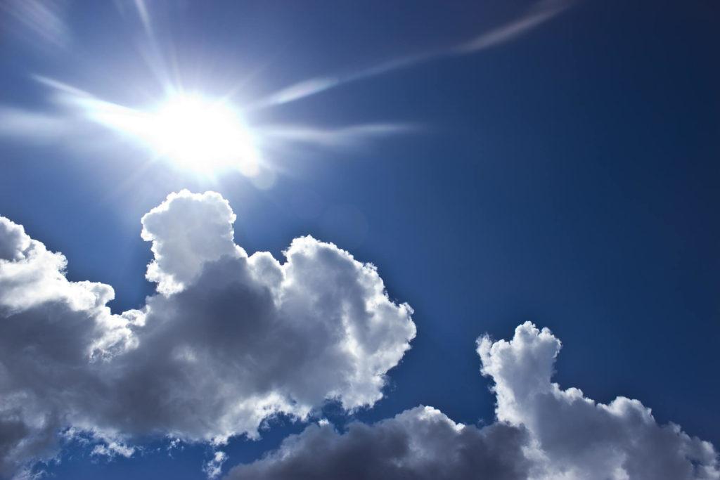 夏の空の画像